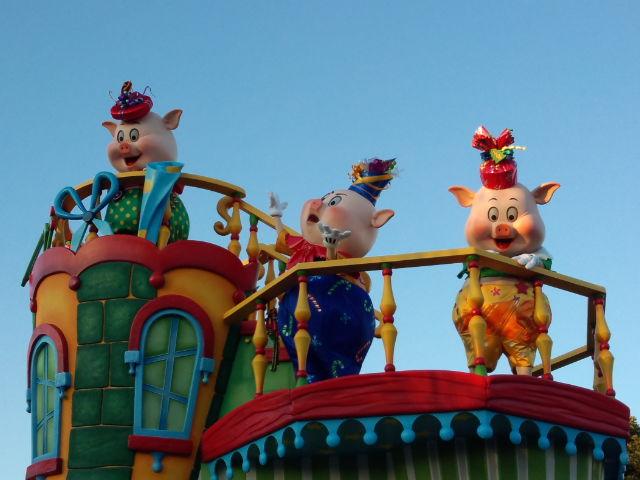ディズニーサンタヴィレッジパレード。