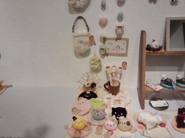 羊毛フェルト冬の展示会。