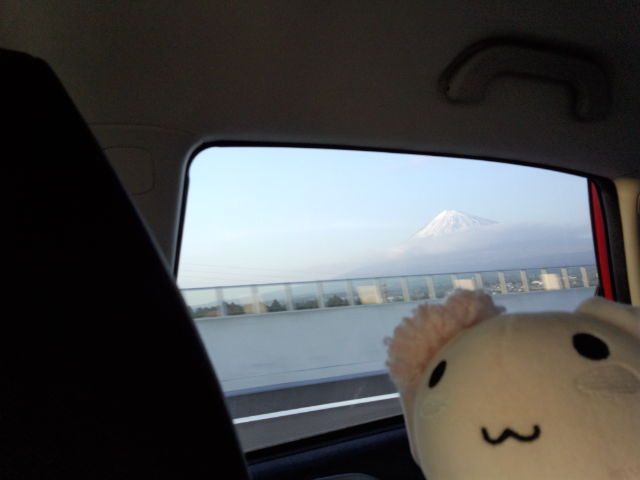 新東名からの富士山。